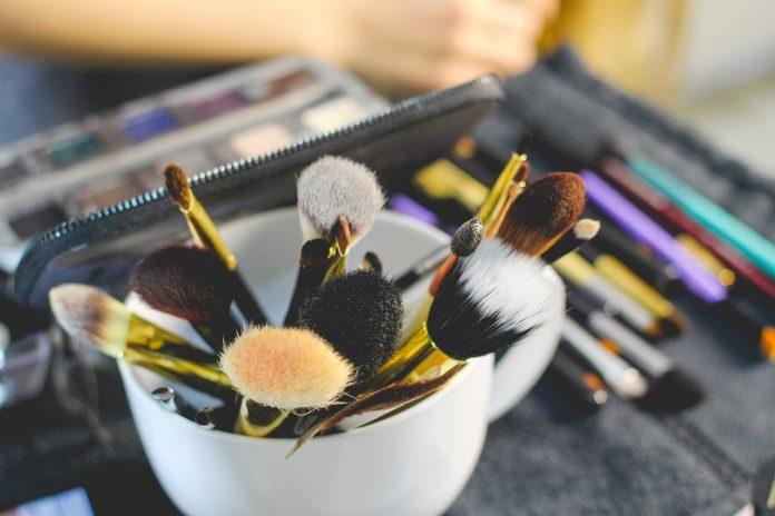 Εφάρμοσε 5 tips για τη σωστή εφαρμογή του make up σου