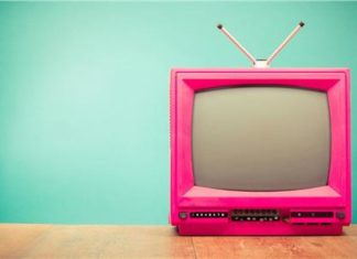 10-Σημάδια-για-να-καταλάβεις-ότι-Βλέπεις-πολύ-τηλεόραση